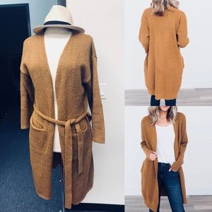 Adorable Cozy Cardigan Sweater....Trench Coat🧥